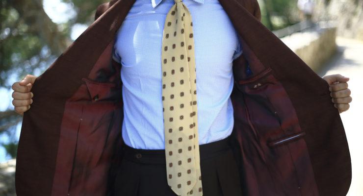 Sartoria Caracciolo, bespoke jacket with Huddersfield fabric.